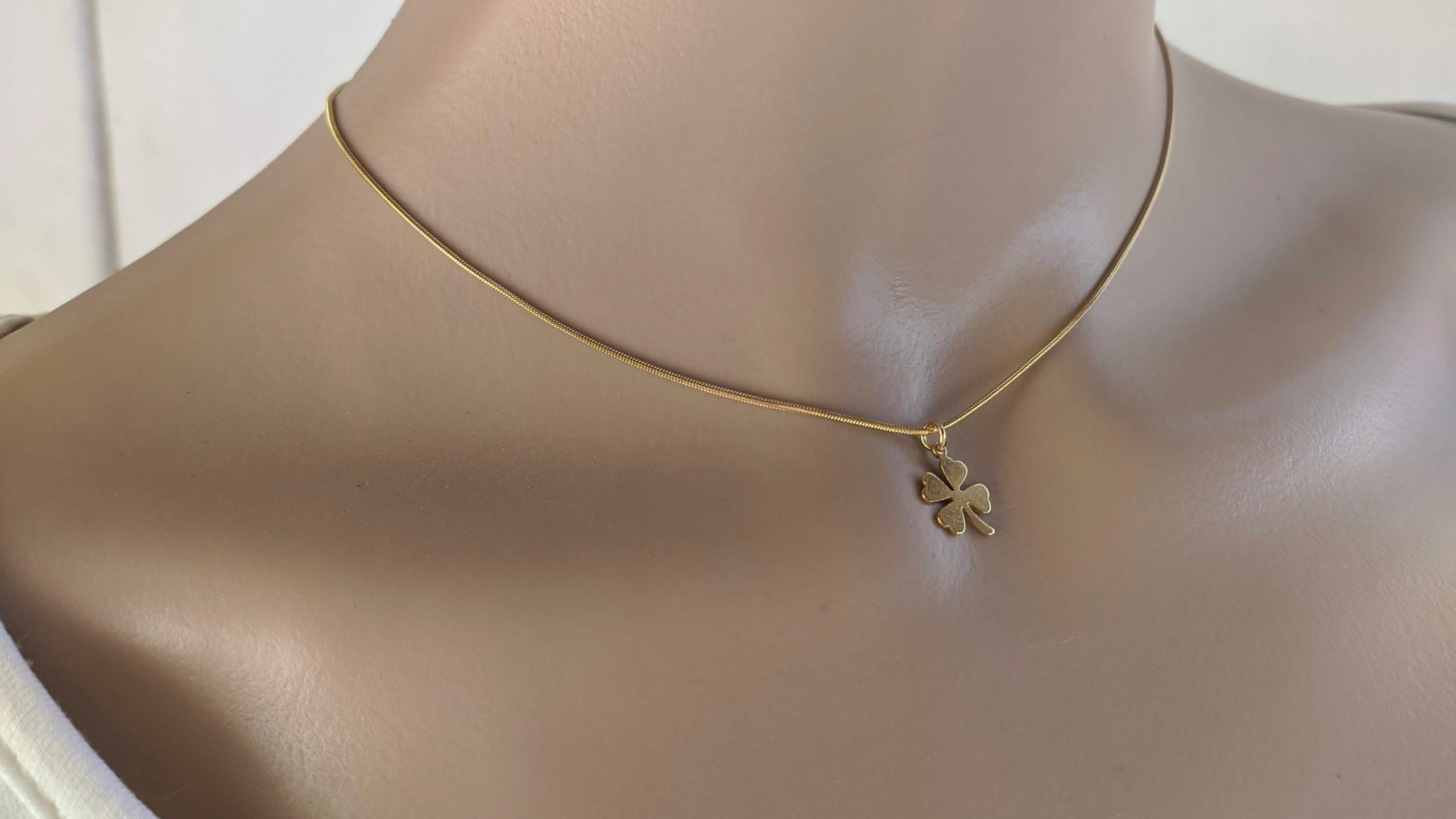 gold clover stainless necklace